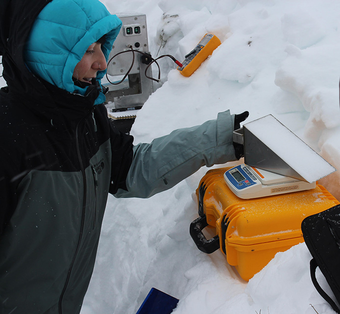 Research measuring the weight of snow